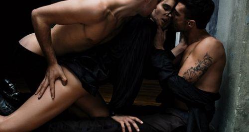 Como Transformar a Fantasia de Sexo Com Dois Homens